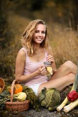 Kobieta, zdrowe odżywianie, warzywa