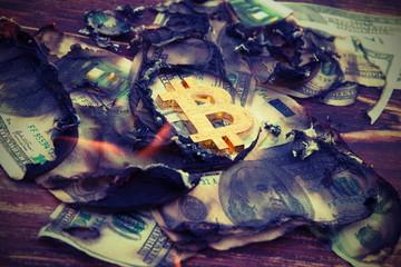 Bitcoin crash,decline,collapse and burning money