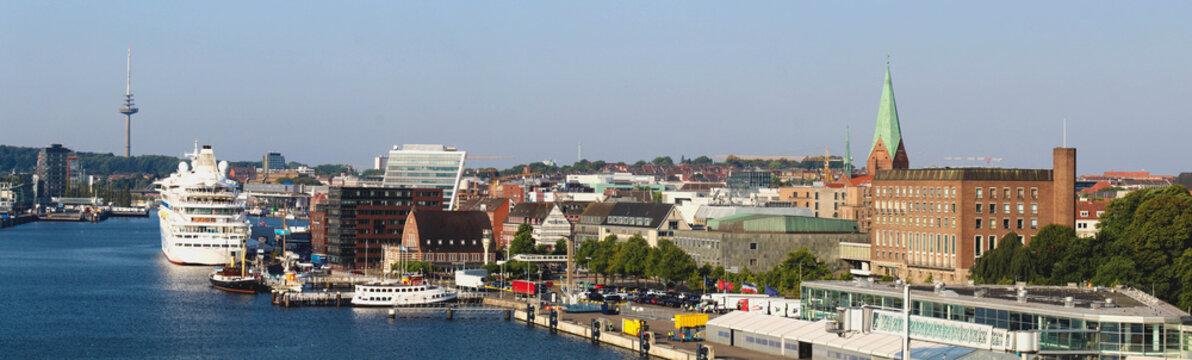 Kiel Innenstadt und Hafen Panorama