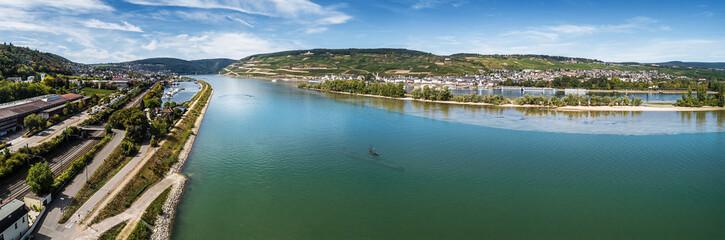 U-Boot im Rhein bei Bingen