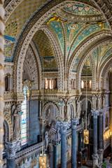 Intérieur de la Basilique Notre-Dame-de-Fourvière à Lyon