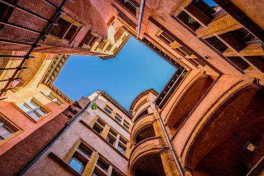 Cour intérieur dans le vieux Lyon