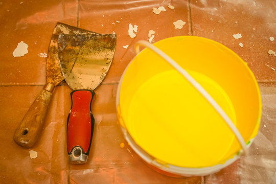 Tools for painting wall