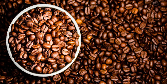 Top view of coffee beans in a bowl