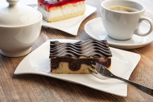 Stück Donauwelle Kuchen und Kaffee