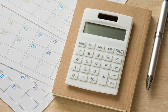 電卓 カレンダー ペン