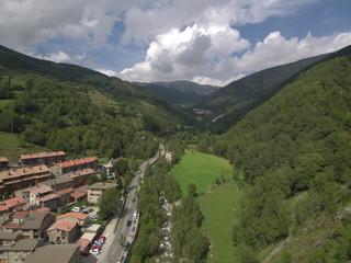 Drone en Setcases, pueblo de Girona en Cataluña - España
