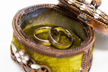 Ringkästchen mit Eheringe