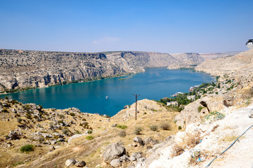 Halfeti die versunkene Stadt in Sanliurfa / Urfa / Türkei im Fluss Firat
