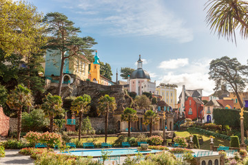 Popular tourist resort of Portmeirion, North Wales, UK, the Italianate village built by Clough Williams-Ellis. Fototapete