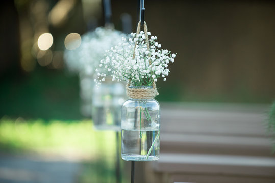 Baby's Breath in Mason Jars Isle Deco