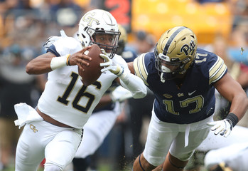 NCAA Football: Georgia Tech at Pittsburgh