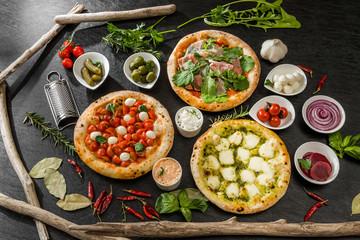 ホームメイドピザ Italian home-made pizza