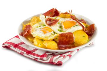 Huevos y jamón serrano