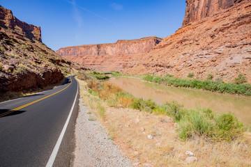 Route 128 in Utah, Colorado Riverway Recreation Area, USA
