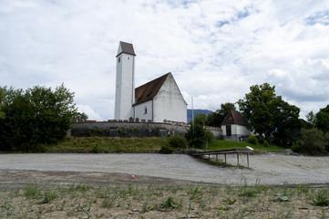 Kirche am ausgedrockneten Forggensee