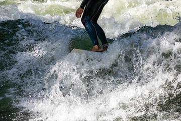 surfing munich eisbach