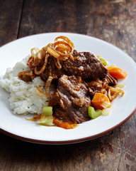 Braised Shortribs with Mashed Potatoes