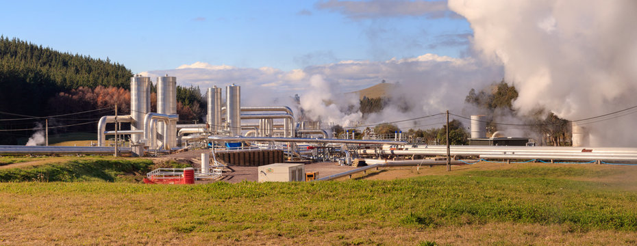 Green energy, geothermal power station, Wairakei, New Zealand