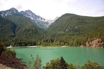 Emerald Green Lake in North Cascade Mountains