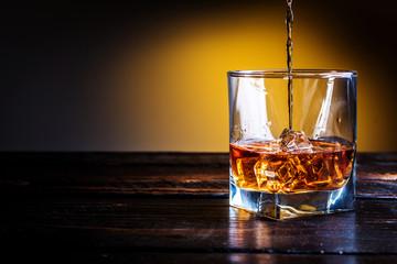Whisky, whiskey or bourbon Fototapete