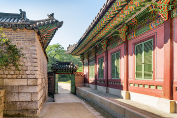 Scenic gate of Changdeokgung Palace in Seoul, South Korea