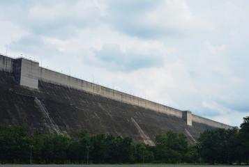 Khun Dan Prakarn Chon huge concrete dam in Thailand