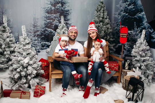 Christmas Photoshoot Photos Royalty Free Images Graphics Vectors Videos Adobe Stock