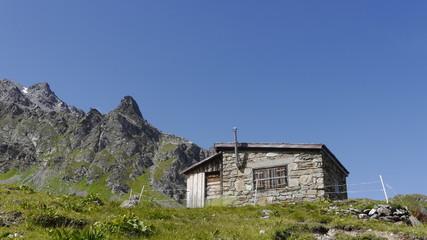Berghütte Alpen Steine