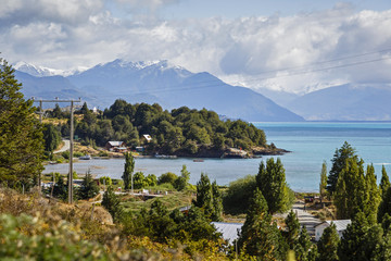 Lago General Carrera, Carretera Austral Road, Patagonia, AysŽn Region, Chile.