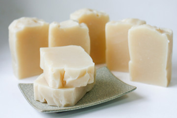 Olive Oil Soap Suitable for people with skin problems. Nourishes the skin soft and moist.