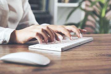 businesswoman hand computer keyboard