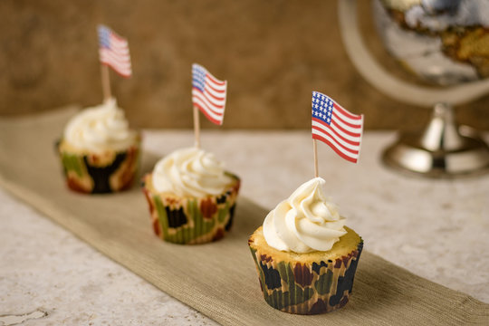 Military Celebration Cupcakes, sweet treats for their service