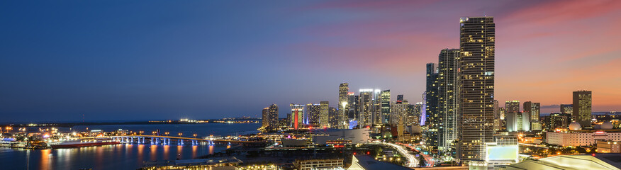 Papiers peints Etats-Unis Miami downtown at night