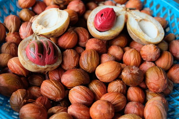 Fresh mace and nutmeg sold in market