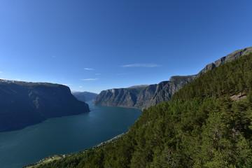 Der Aurlandsfjord ist einer der schönsten Seitenarme des Sognefjords.