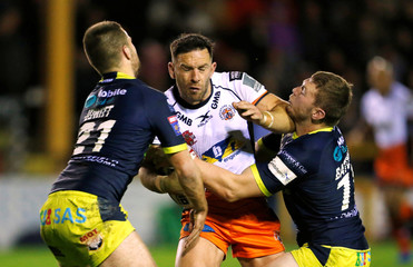 Super League - Super 8's - Castleford Tigers v Wakefield Trinity