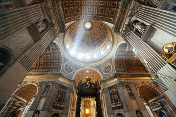 Fototapete - St. Peter's Basilica interior