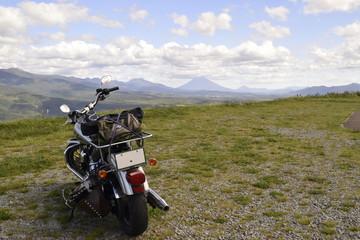 大地とバイク