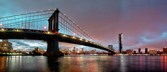 Manhattan Bridge in New York, USA