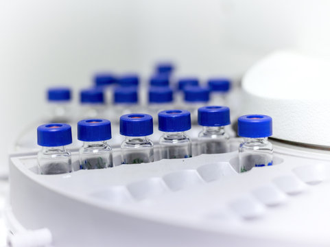 many vials are arranged in the auto sampler for the lab equipment in chemical laboratory