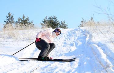 женщина с лыжами