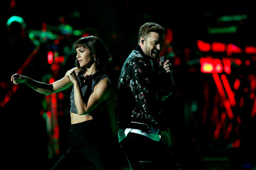 Justin Timberlake (R) performs with a dancer during the iHeartRadio Music Festival at T-Mobile Arena in Las Vegas