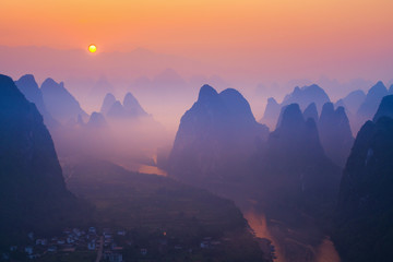 Photo sur Toile Guilin Sunrise Landscape of Guilin , Li River and Karst mountains called Xingping
