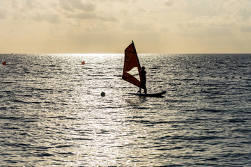 インド洋の美しいサンセット風景