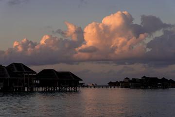 Fotomurales - インド洋の美しいサンセット風景