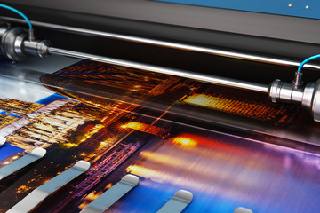 Printing photo banner on large format color plotter Papier Peint