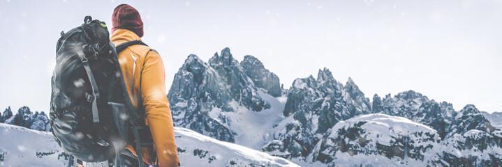 Wanderer im in Winterlandschaft