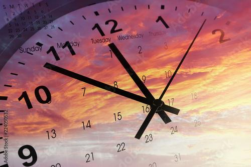 Воспользуйтесь оригинально оформленным календарем oppo find 5 calendar и вы больше не пропустите ни одной памятной даты.
