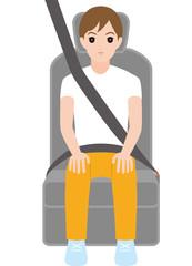 シートベルトをする男の子